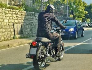 Moto Guzzi V7 III e V9 Racer, arrivano le FOTO SPIA