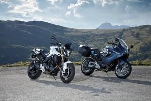 BMW F 800 R e F 800 GT, la Roadster e la Tourer si rifanno il look