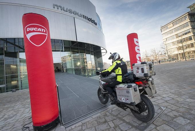Ducati Globetrotter 90° conclude l'emozionante giro del mondo con la Multistrada 1200 Enduro