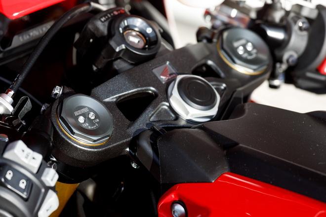 Honda_CBR1000RR YM17_03