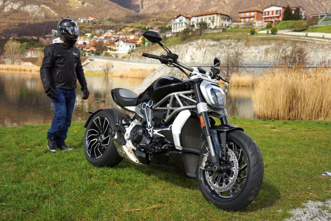 Ducati_X-Diavel_S_pss_2017_15