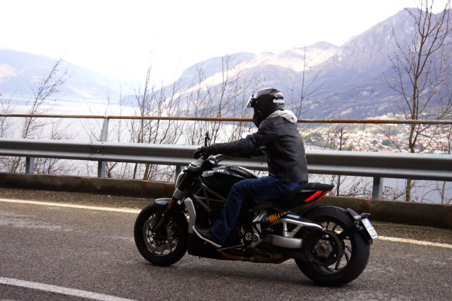 Ducati_X-Diavel_S_pss_2017_19