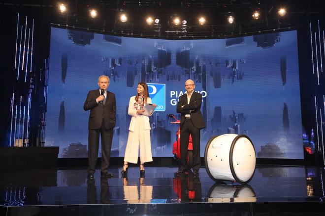 Piaggio: celebra 130 anni, Colaninno 'successo globale'