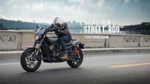 La nuova Harley-Davidson Street Rod cattura gli sguardi e stravolge le aspettative [FOTO]