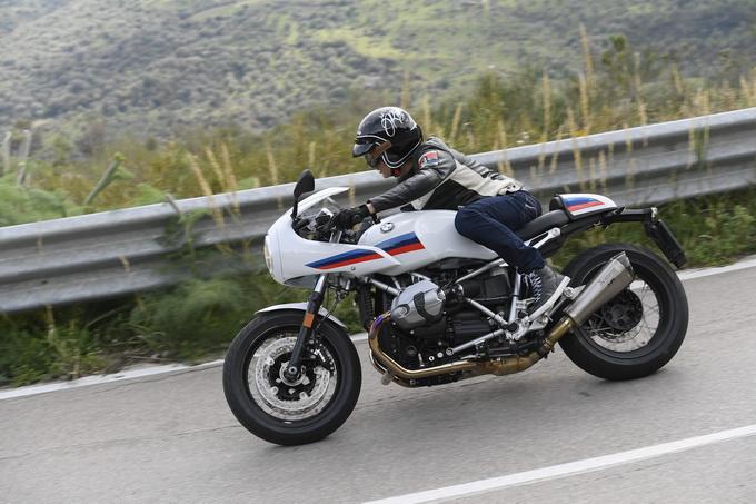 BMW R nineT, R nineT Pure e R nineT Racer, sempre più New Heritage [VIDEO PROVA SU STRADA]