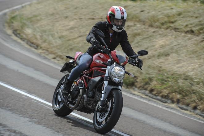Ducati_Monster_797_pss_2017_01
