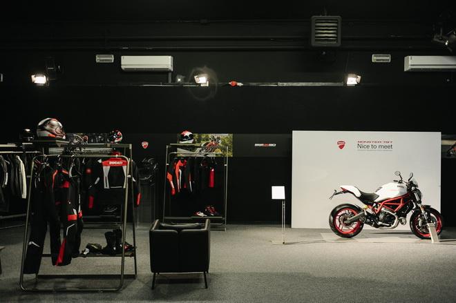 Ducati_Monster_797_pss_2017_04