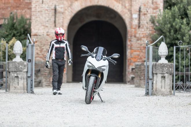Ducati_Supersport_pss_2017_05