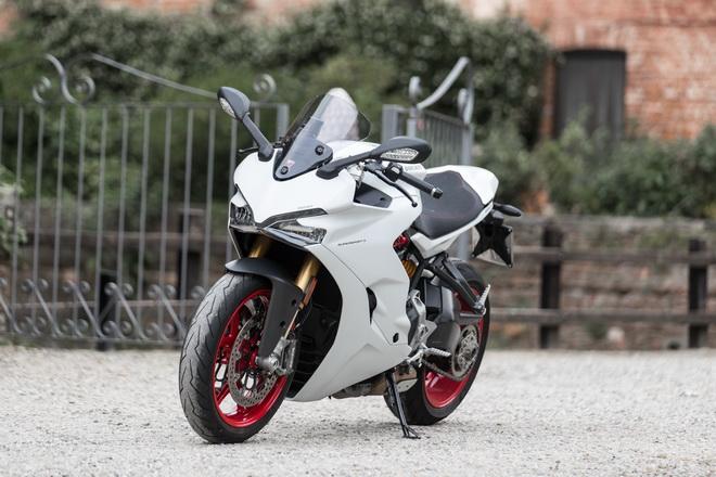 Ducati_Supersport_pss_2017_06