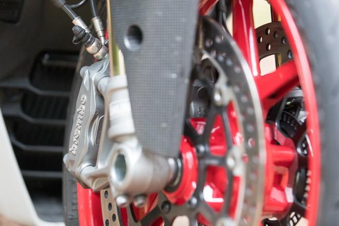 Ducati_Supersport_pss_2017_13