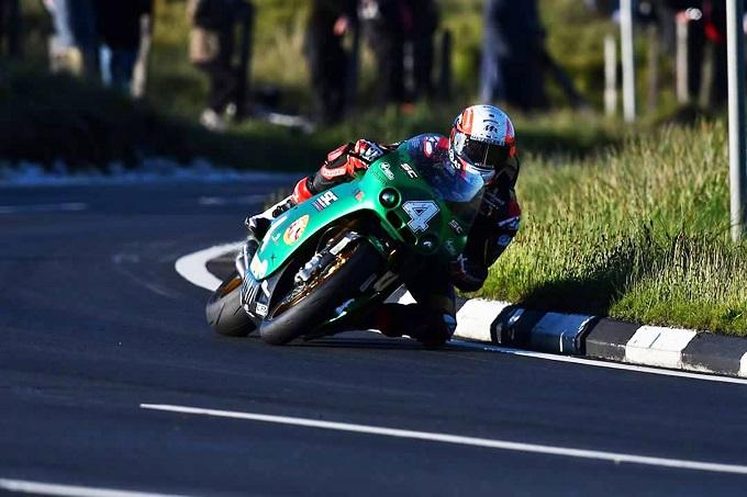 La PATON S1-R con la benzina X-Rider 102 Ottani by Magigas trionfa al TT