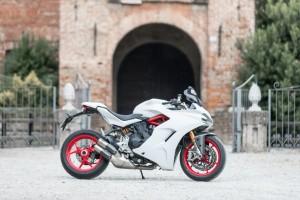 Ducati 939 Supersport S: il perfetto connubio tra comfort e sportività [PROVA SU STRADA]