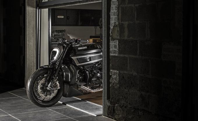 Ducati al Bikers' Classics, special su base XDiavel