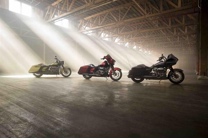 Harley Davidson: Tre modelli Touring custom per festeggiare i 115 anni