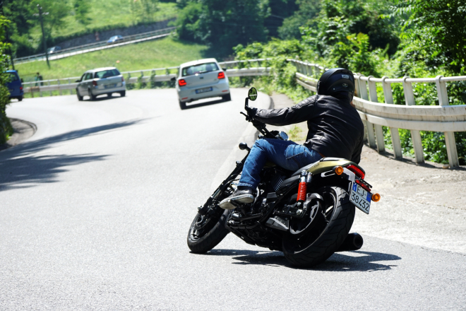 Harley-Davidson_Street_Rod_750_pss_2017_15