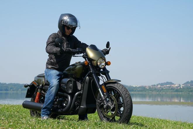 Harley-Davidson_Street_Rod_750_pss_2017_20