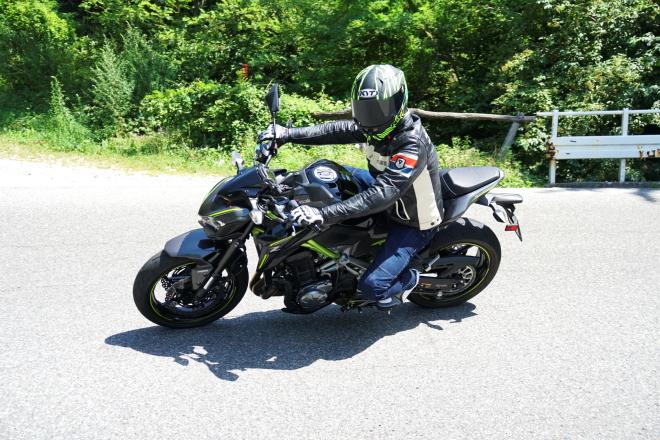 Kawasaki_Z900_pss_2017_08