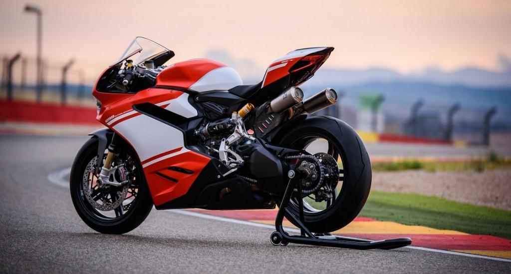 """Ducati 1299 Superleggera: Una prova al banco da """"brividi"""""""