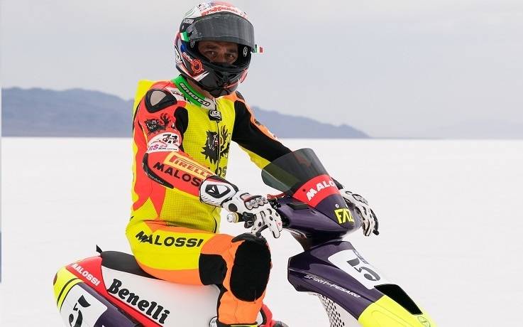 Mauro Sanchini da record a Bonneville: Battuti i record di velocità su scooter insieme all'Ing. Fabio Fazi