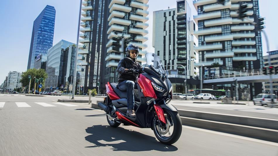 """Yamaha X-MAX 125: Arriva il nuovo """"piccolo"""""""