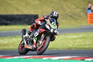Aprilia RSV4 trionfa nel Campionato Europeo Endurance Open