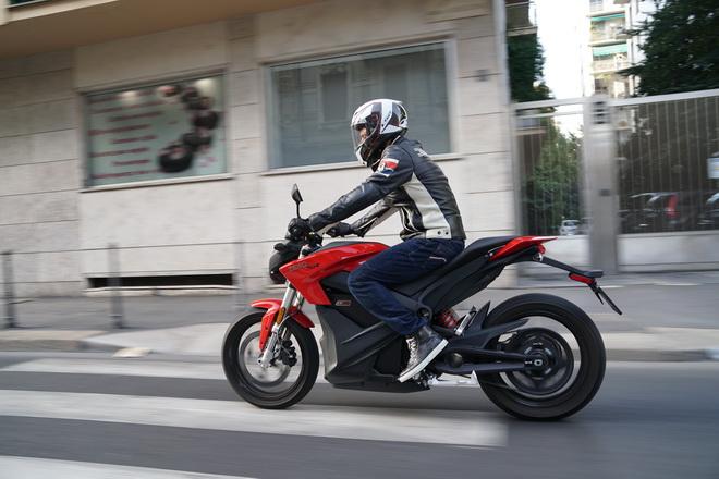 Zero_Motorcycles_SR_pss_2017_13