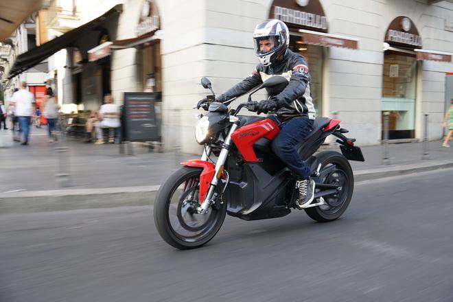 Zero_Motorcycles_SR_pss_2017_14