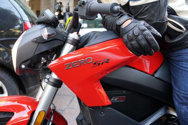 Zero_Motorcycles_SR_pss_2017_18