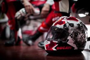 Ducati: non solo moto. Ecco la rottamazione del casco