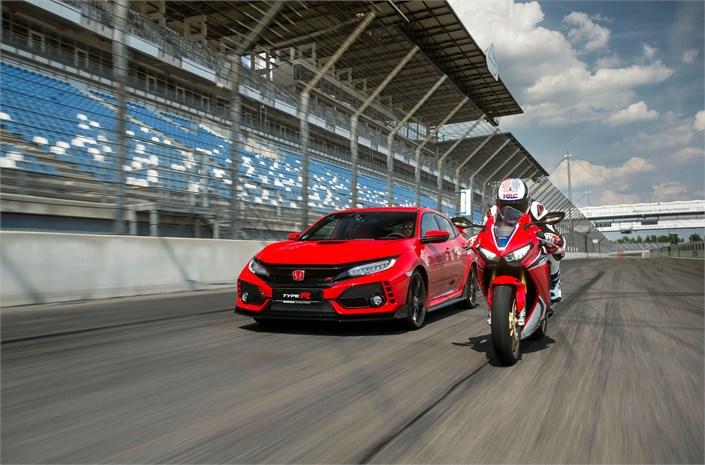 Honda: Type R e Fireblade compiono 25 anni