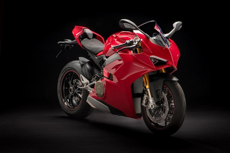 Ducati World Premiere: Tolto finalmente il velo alla Panigale V4