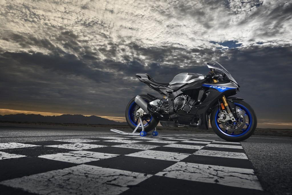 Yamaha R1M  m.y. 2018