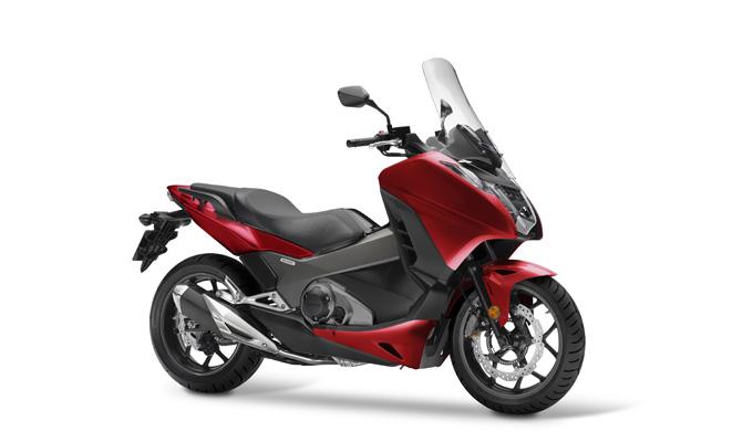 Honda Integra 750 2018: vivacità assecondata dall'elettronica, anche per patente A2 [FOTO]