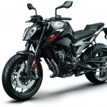 KTM_790_DUKE_black_MY18_LeFront