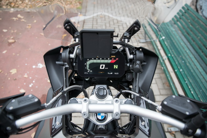 BMW_R1200GS_MY2018_Connectivity_01