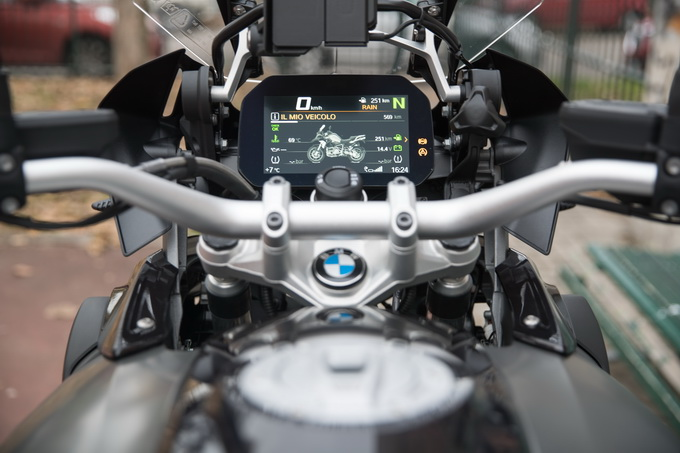 BMW R1200GS MY 2018 ed il nuovo sistema CONNECTIVITY