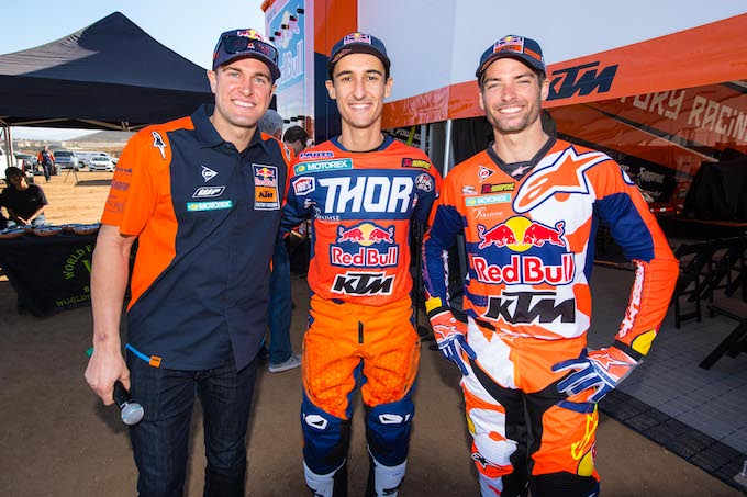 KTM 450 SX-F Factory MY18-KTMDungey_Musquin_Tickle_SX Team Presentation_USA_2017 c Simon Cudby