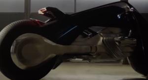 BMW: si lavora alla prima moto con intelligenza artificiale [VIDEO]