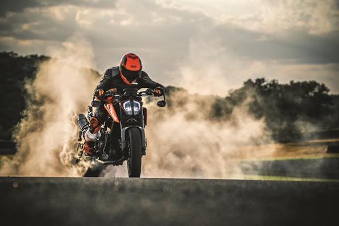KTM 790 DUKE_2018_motor bike expo_2