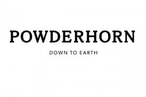Powder Horn: stile americano in sella e sugli sci