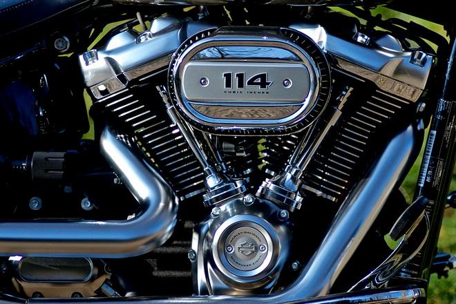 Harley-Davidson_Fatboy_114_Pss_2018_07