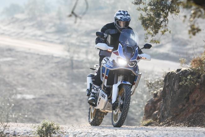 Honda_Africa_Twin_2018_Adventure_Sports_01