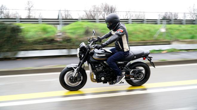 Kawasaki_Z900RS_Pss_2018_13