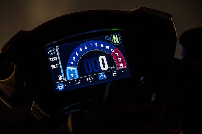 Triumph_Speed Triple_RS_6