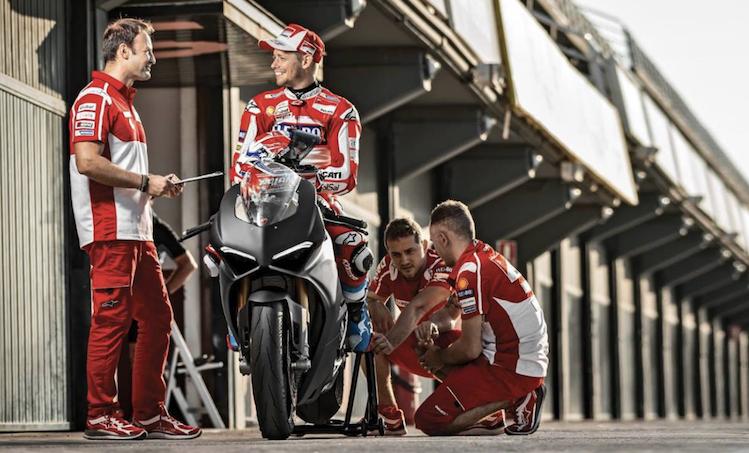 """Casey Stoner: """"Impressionato dalla Ducati Panigale V4″ [VIDEO]"""