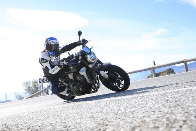 Honda_CB1000R_Pss_2018_01