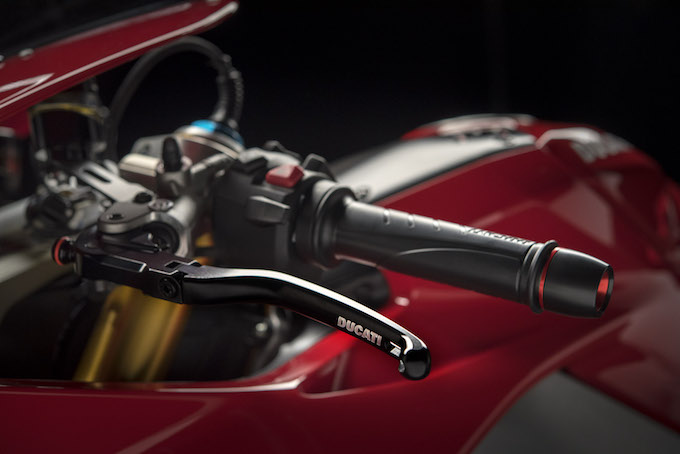 Rizoma: la nuova linea di accessori per la Ducati Panigale V4