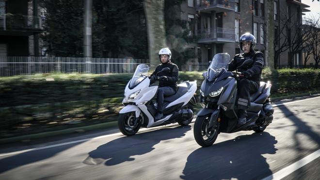 Yamaha X-MAX400, Suzuki Burgman 400 e MaxSym 400: riflessioni post