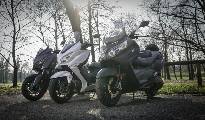 Yamaha X-MAX400, Suzuki Burgman 400 e MaxSym 400 [VIDEO PROVA