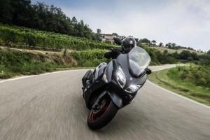Suzuki: un aprile ricco di promozioni su tutta la gamma moto e scooter